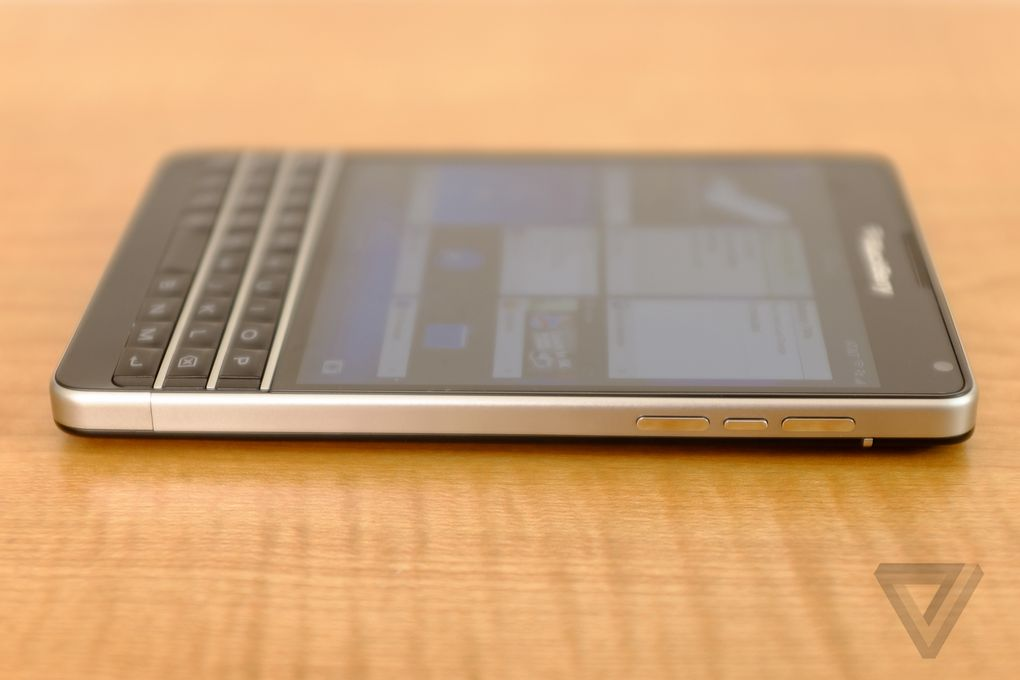 blackberry-passport-att-2