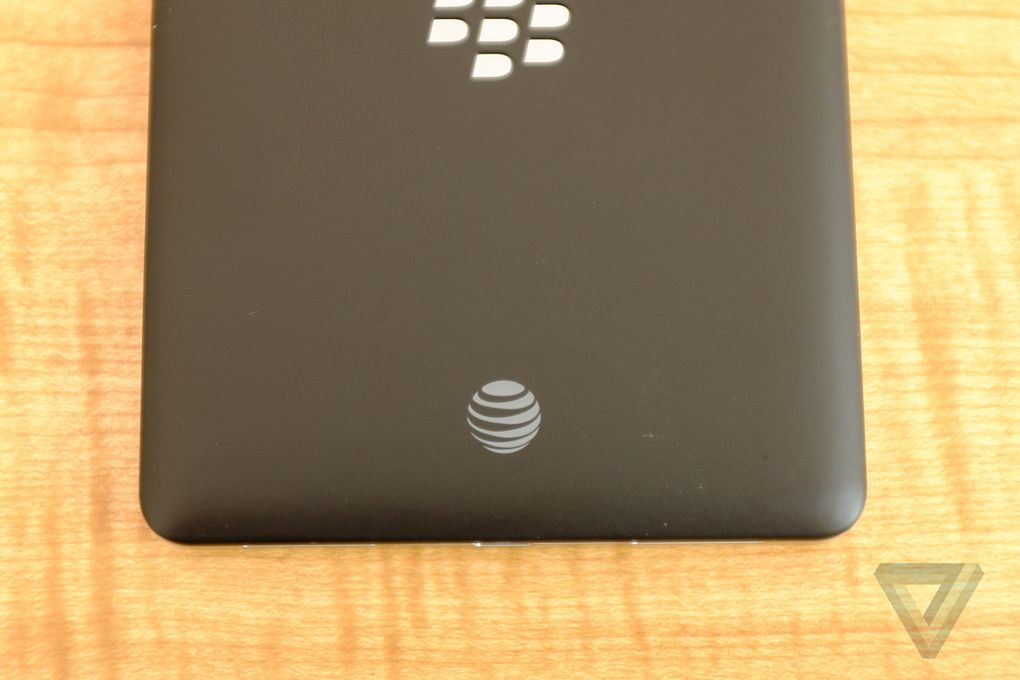 blackberry-passport-att-8