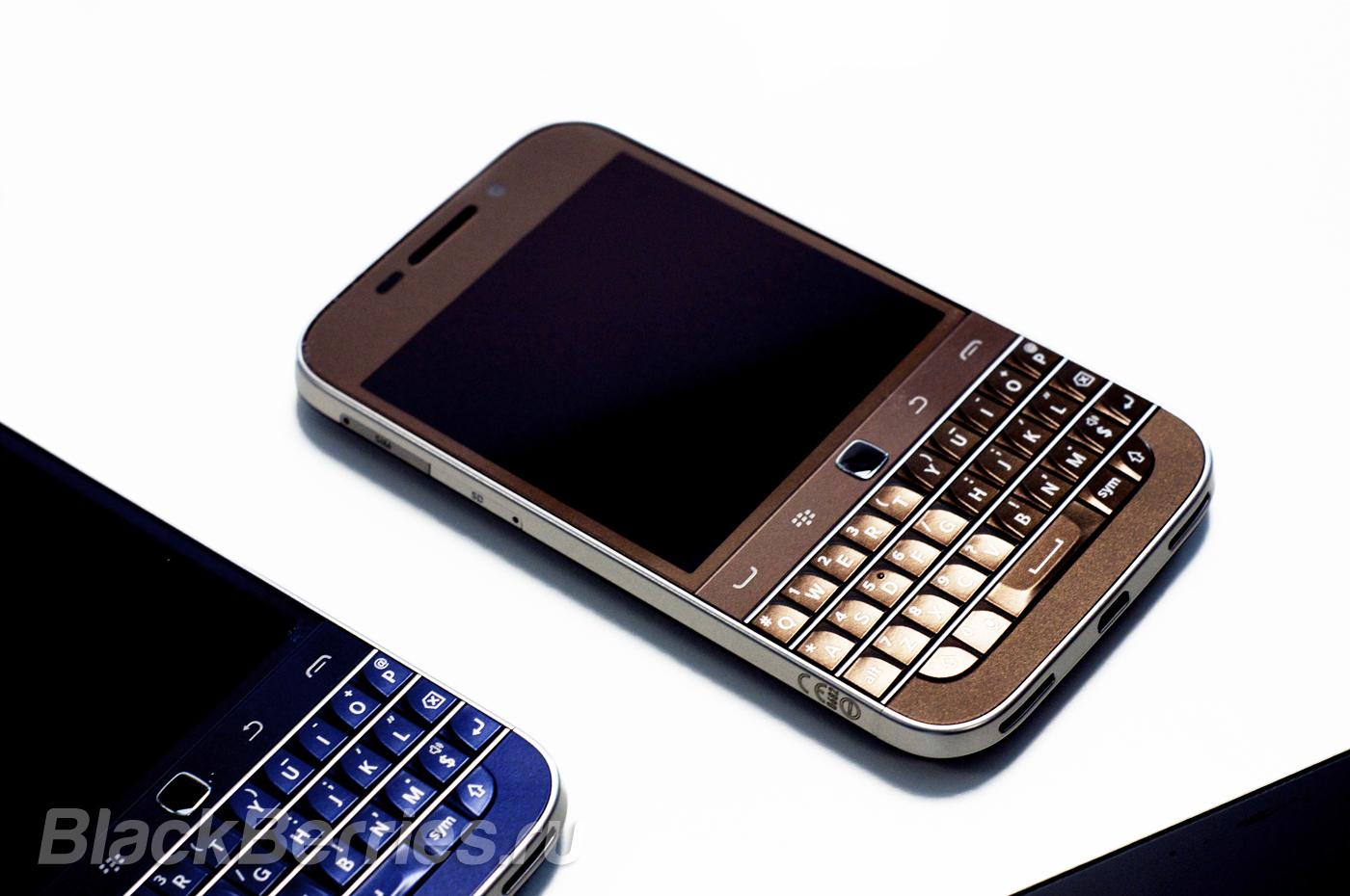 BlackBerry-Classic-Bronze-3