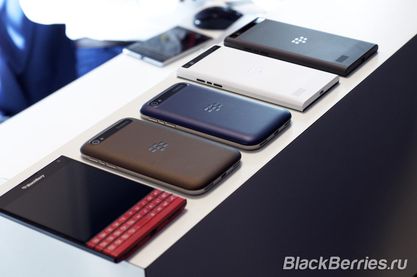 BlackBerry-Classic-White-Blue-Bronze-17