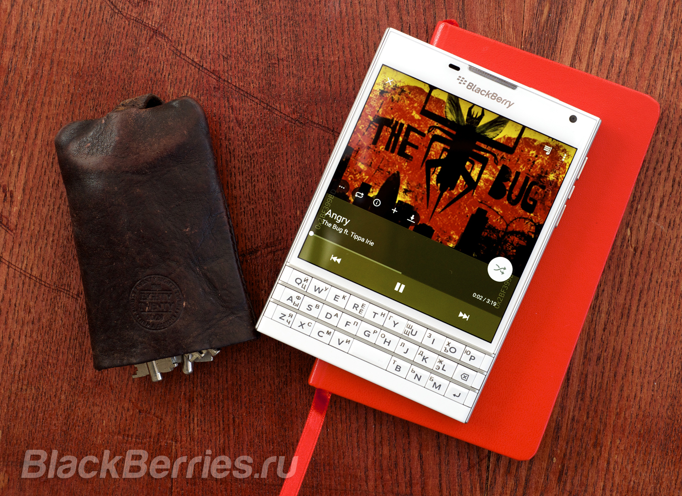 BlackBerry-Passport-Lynt-4