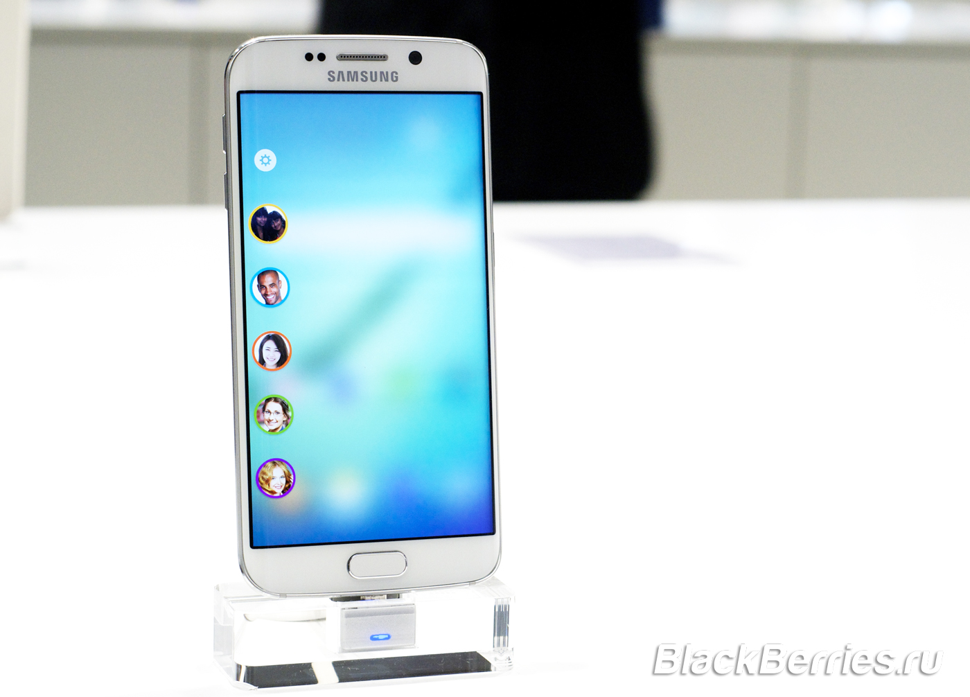 Samsung-S6-edge-MWC2015-16