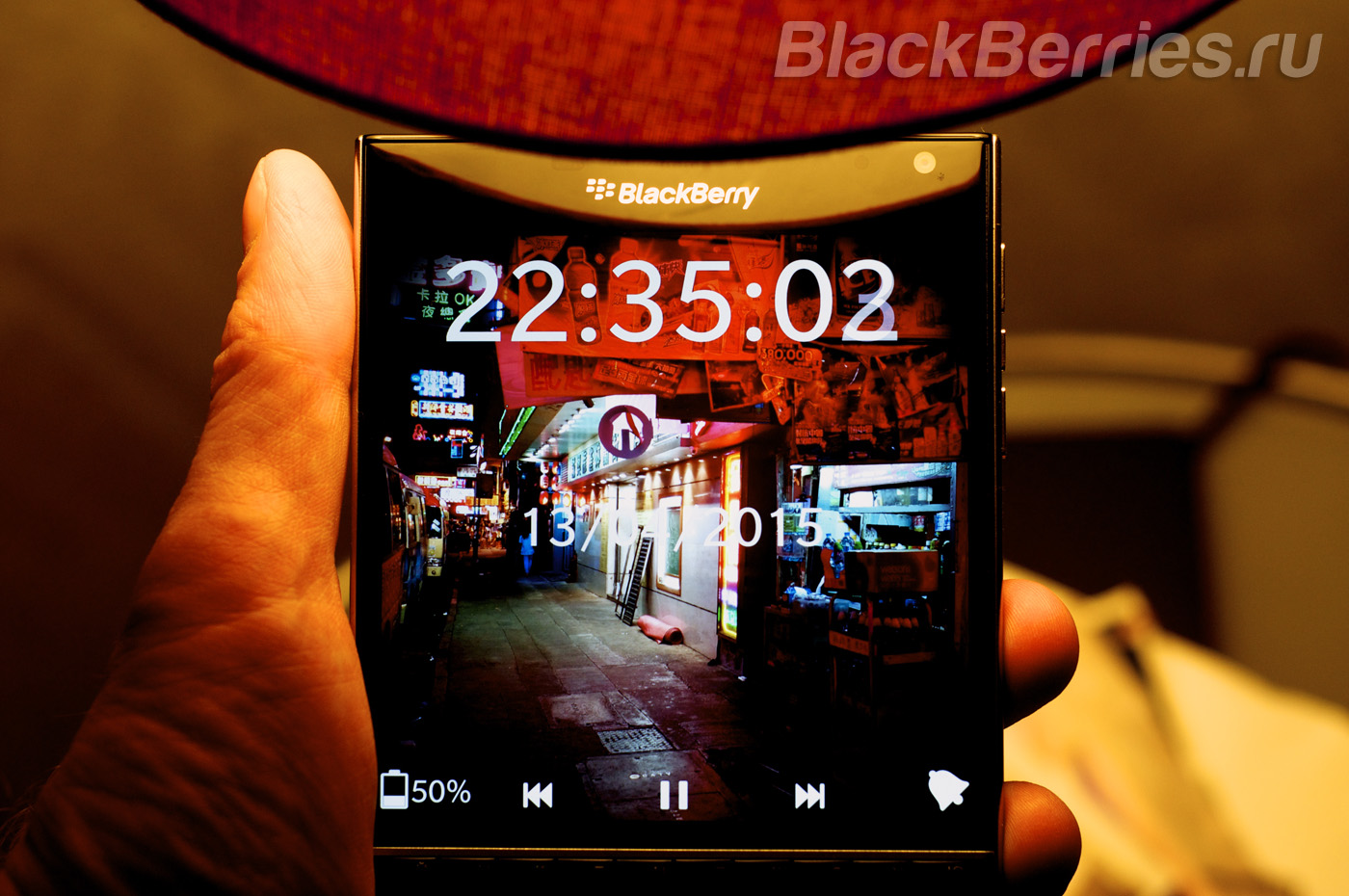 BlackBerry-Passport-Nightly-Clock