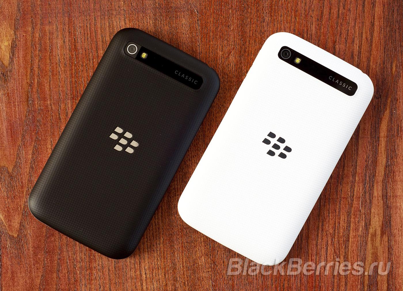 BlackBerry-Classic-White-12
