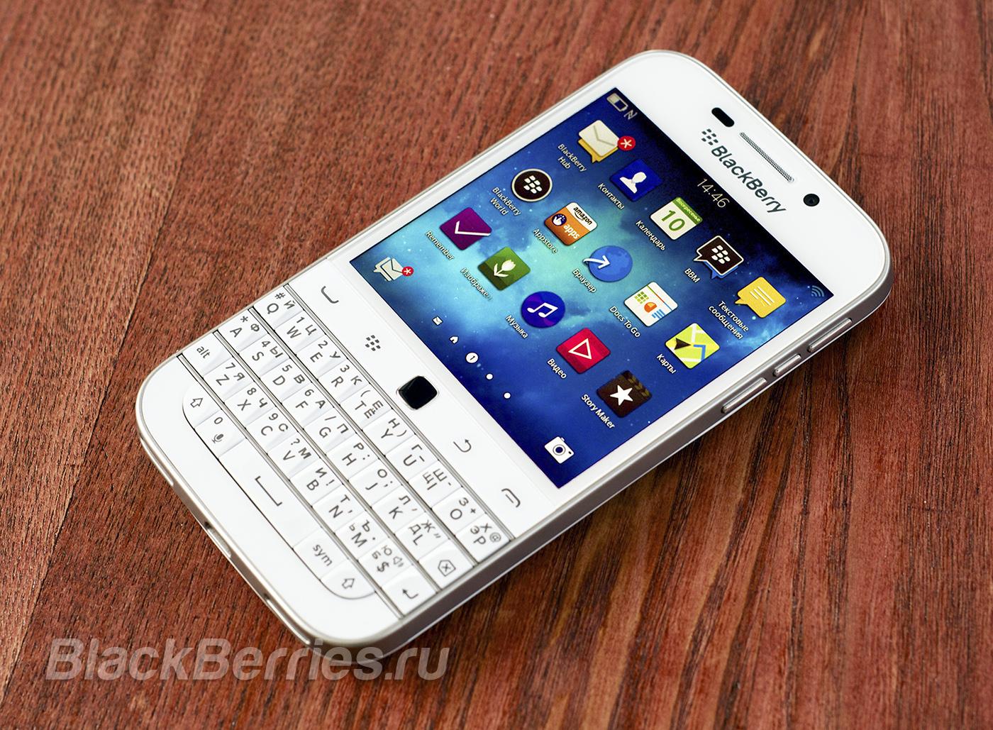 BlackBerry-Classic-White-18