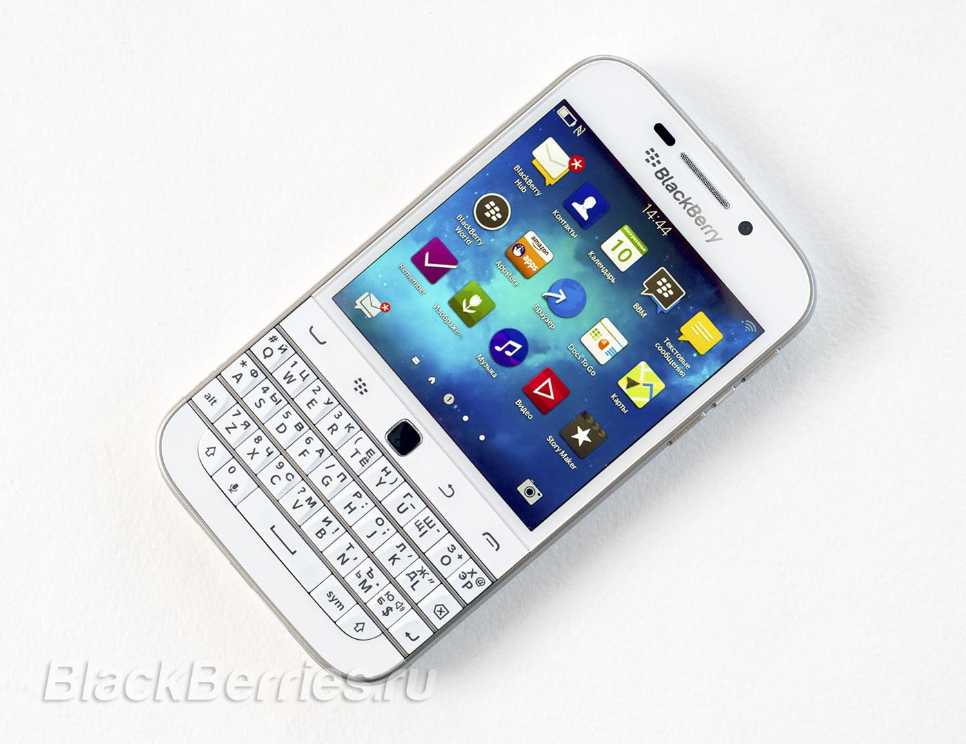 BlackBerry-Classic-White-26