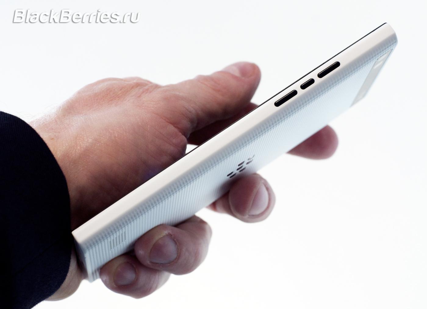 BlackBerry-Leap-11