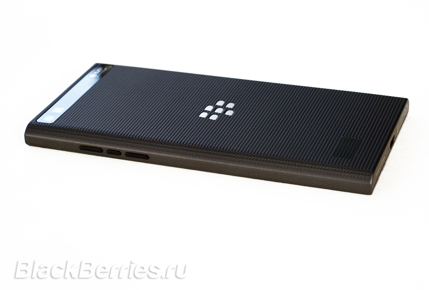 BlackBerry-Leap-38