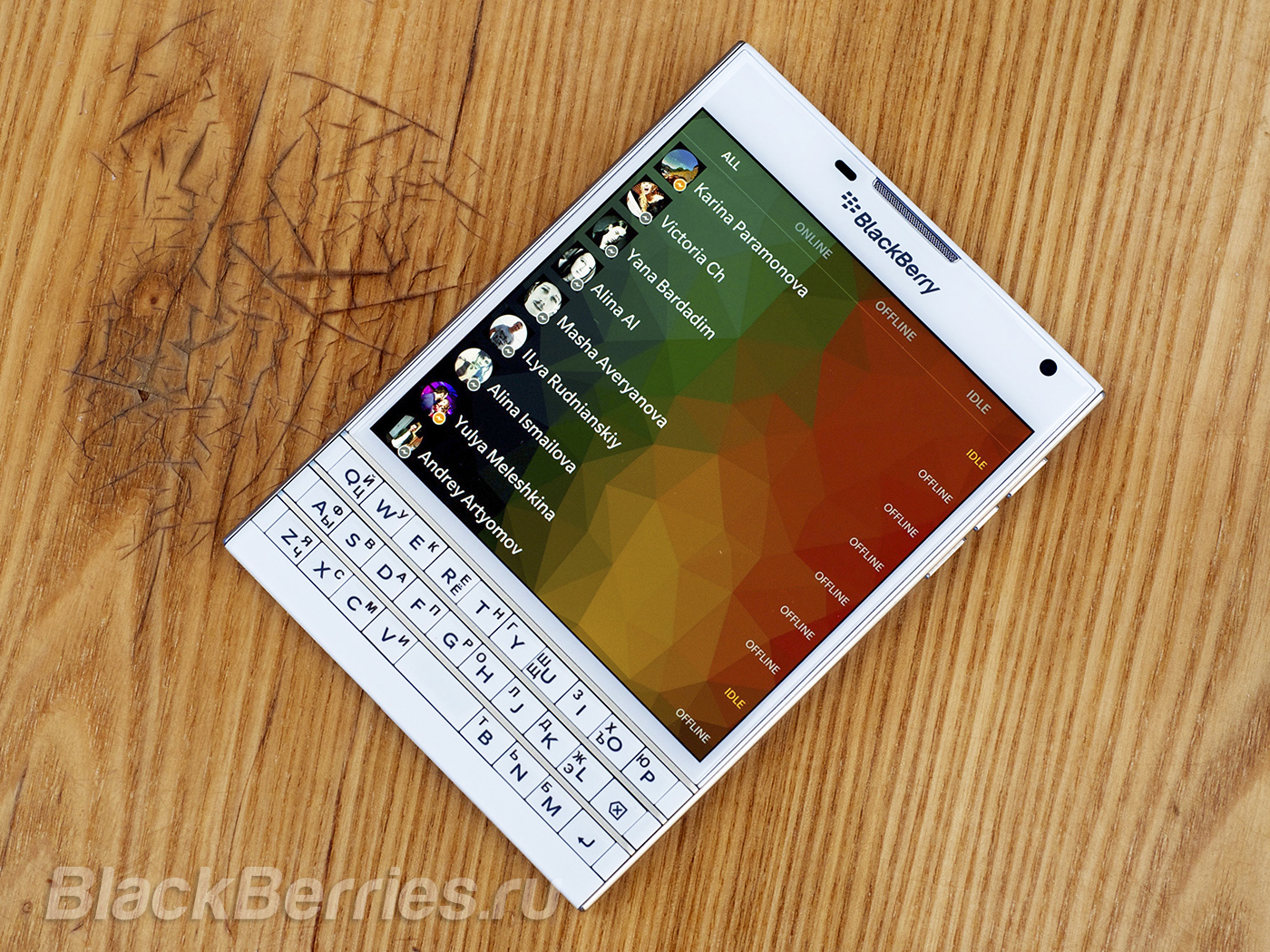 BlackBerry-Passport-20-05-02