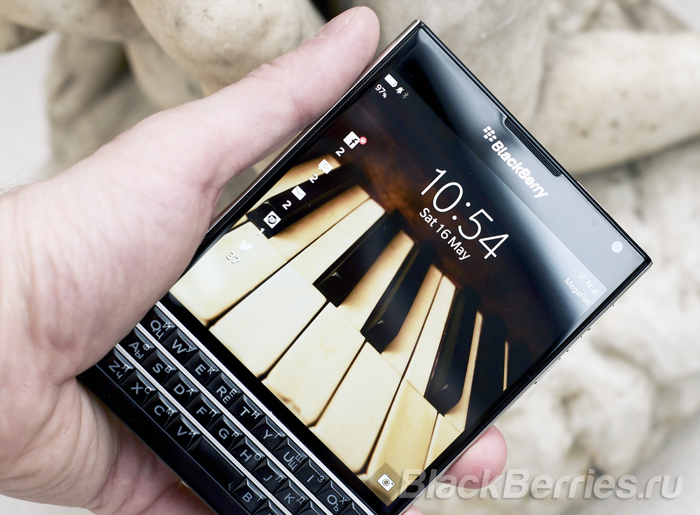 BlackBerry-Passport-Apps-2-14