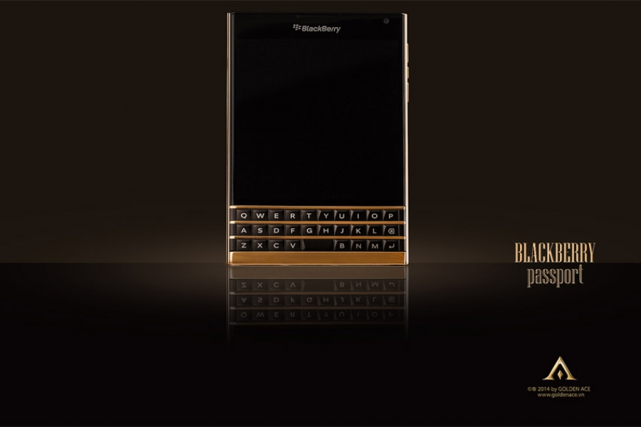 BlackBerry-Passport-Gold-10