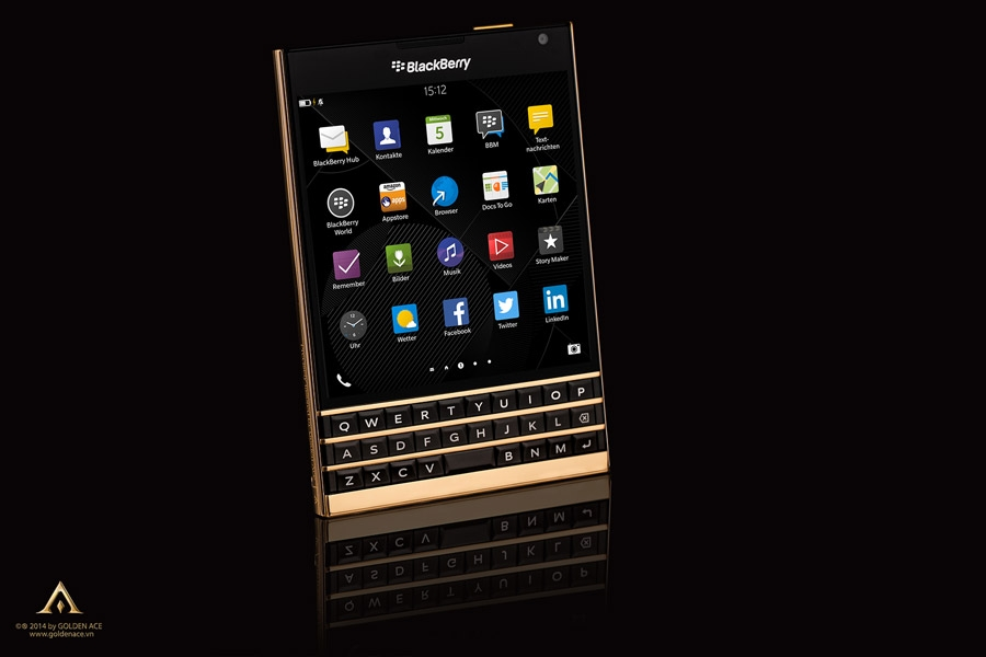 BlackBerry-Passport-Gold-9