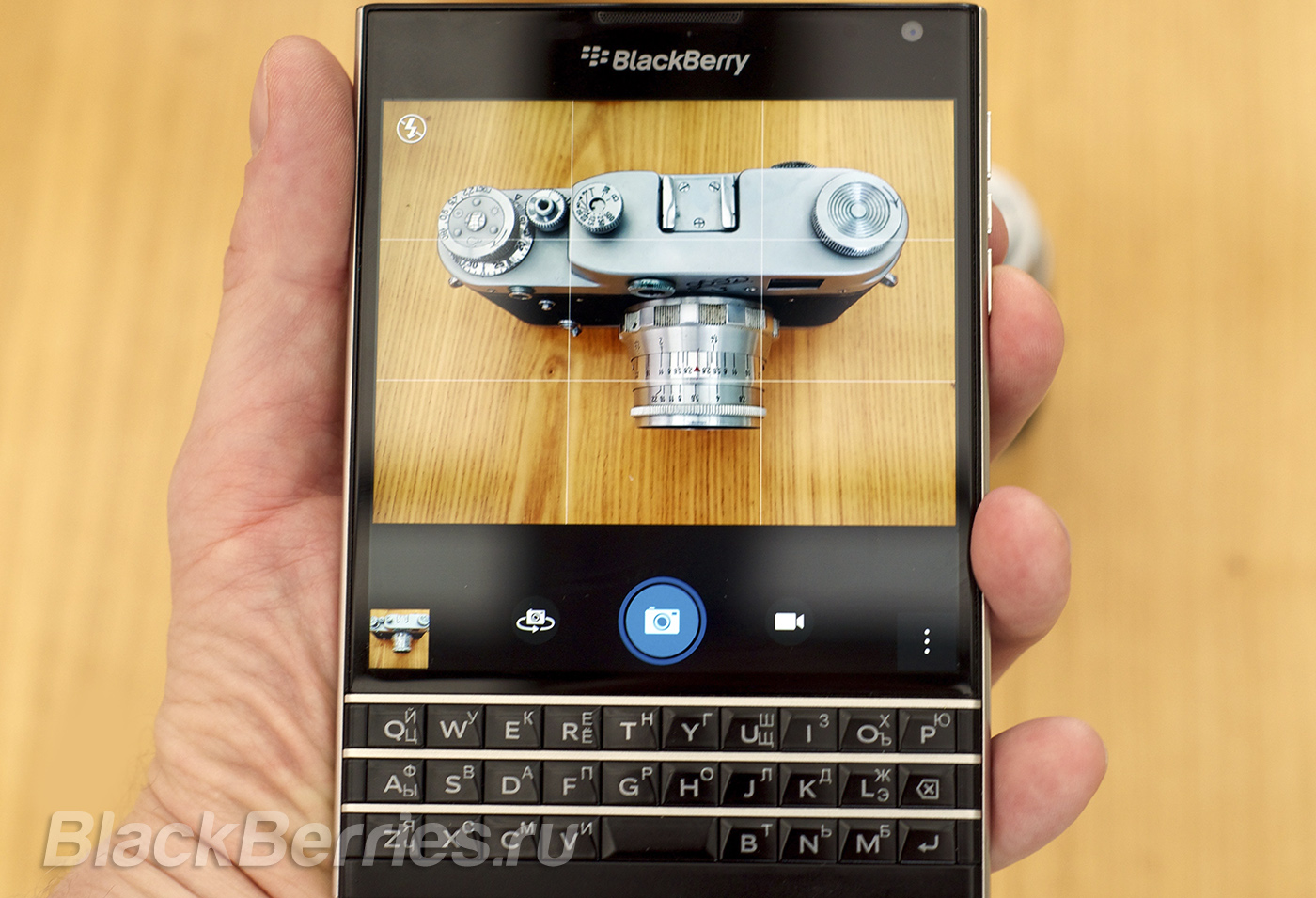 BlackBerry-Passport-Photo-FAQ-4