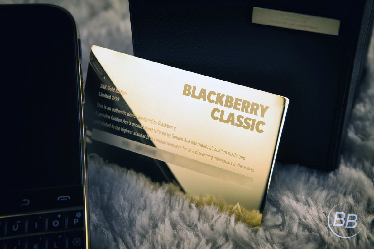 BlackBery-Classic-Gold-24K-11