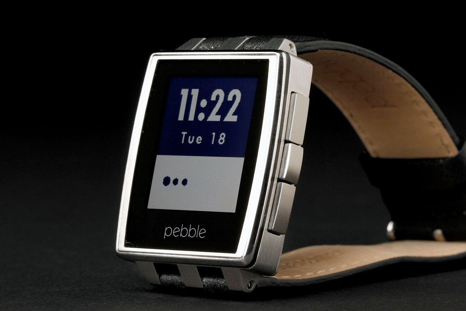 pebble-steel-watch-front-left-angle-1500x1000