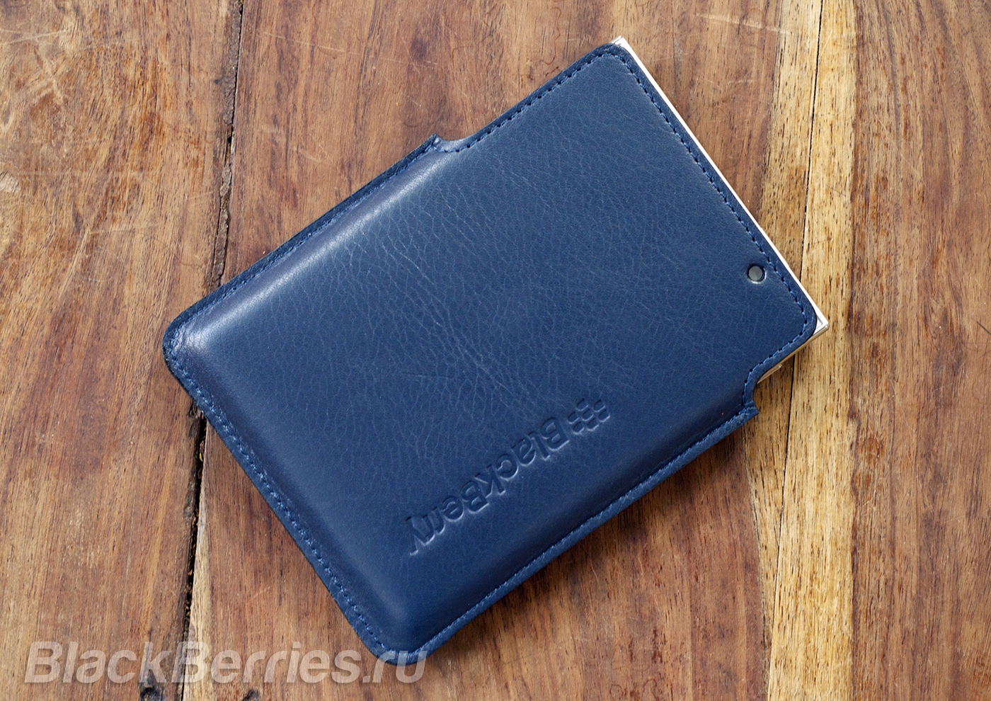 BlackBerry-Passport-Case-03