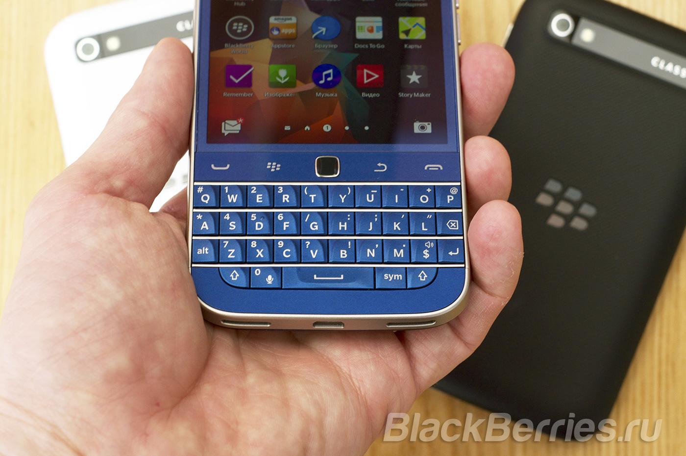 BlackBerry-Classic-Blue-Cobalt-01