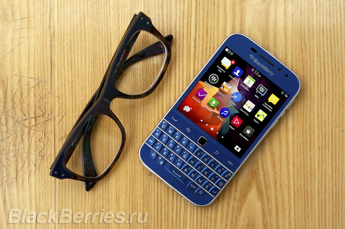 BlackBerry-Classic-Blue-Cobalt-16