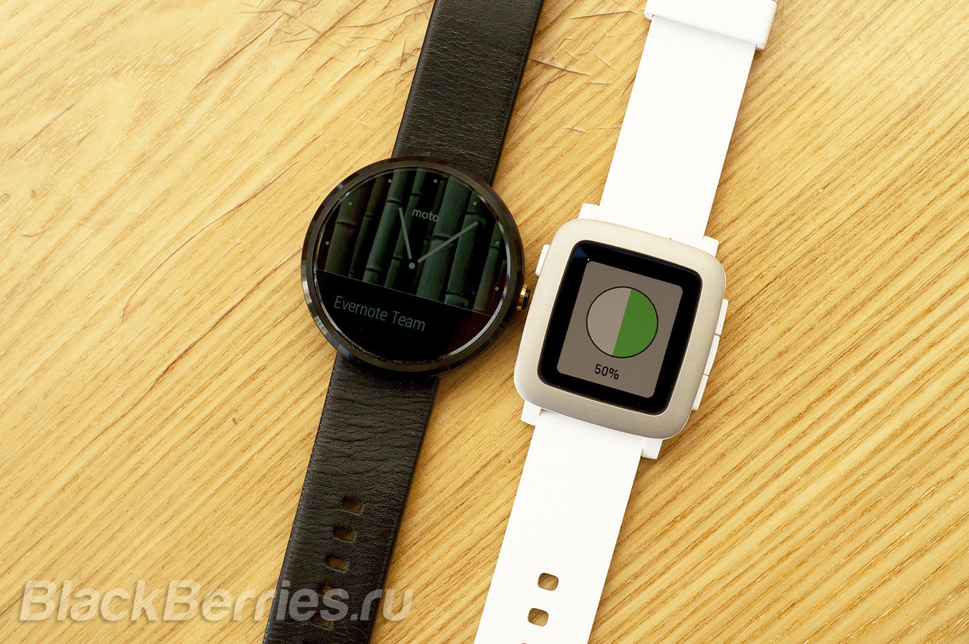 BlackBerry-Passport-Pebble-Time-16