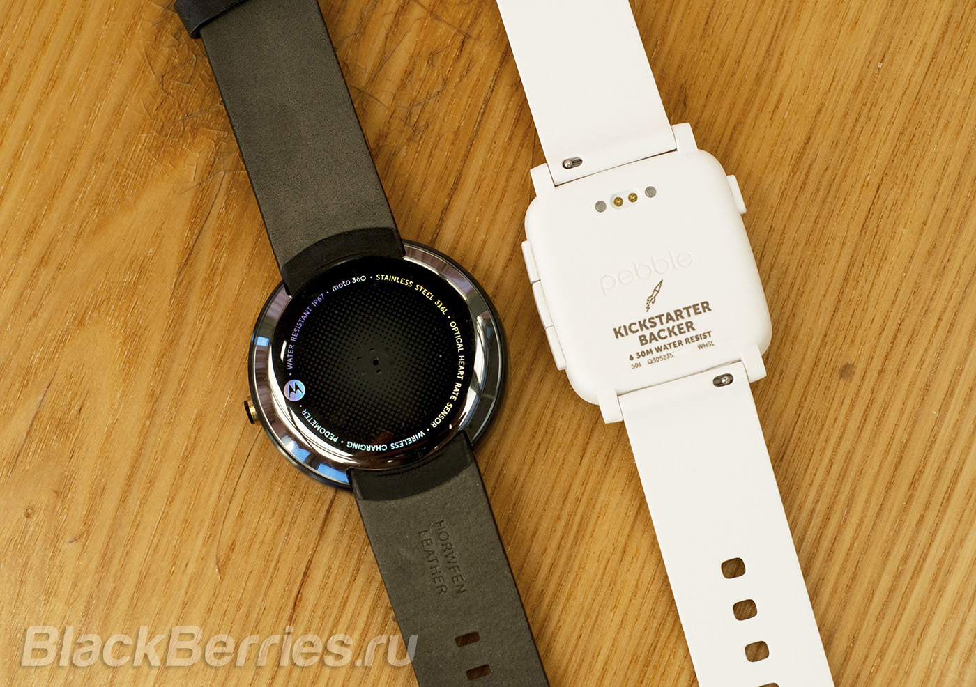 BlackBerry-Passport-Pebble-Time-17