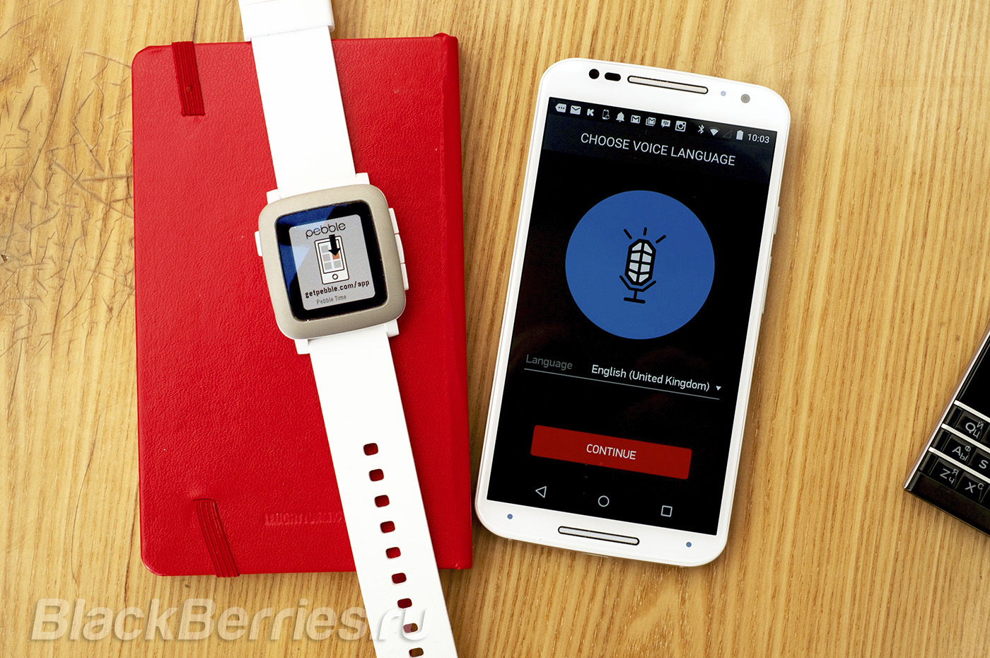 BlackBerry-Passport-Pebble-Time-31