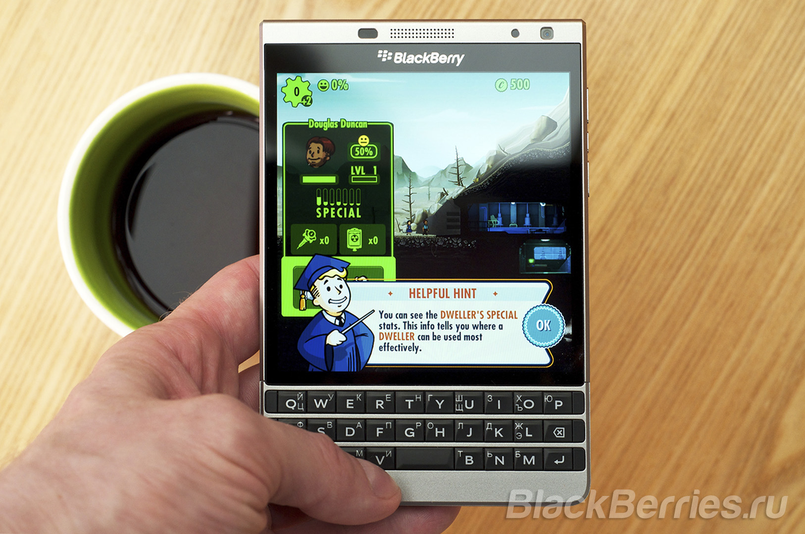 BlackBerry-Passport-Fallout-Shelter-1