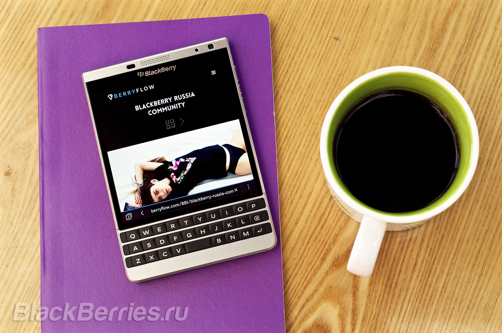 BlackBerry-Passport-Silver-Edition-Review-11