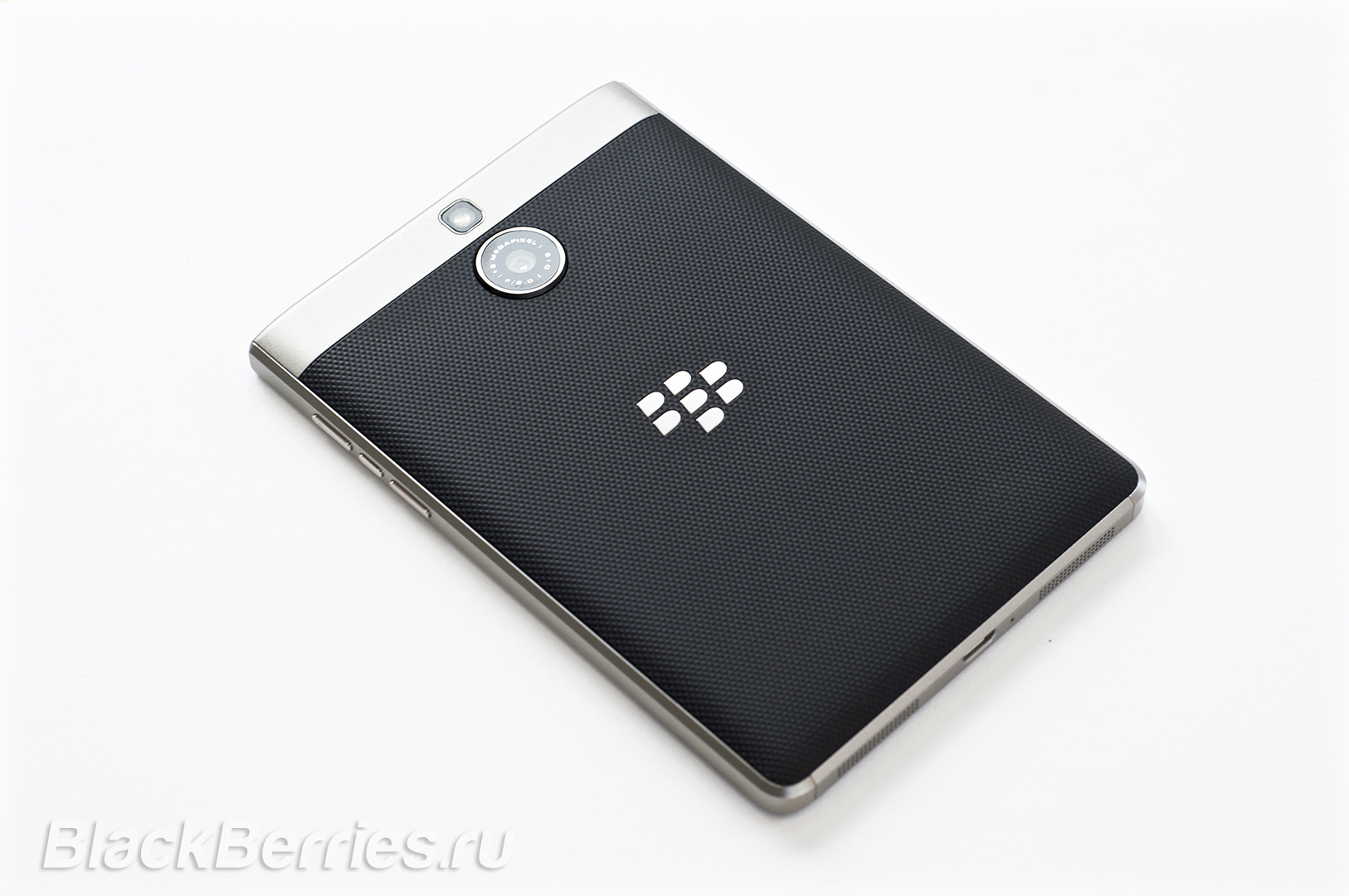 BlackBerry-Passport-Silver-Edition-Review-41
