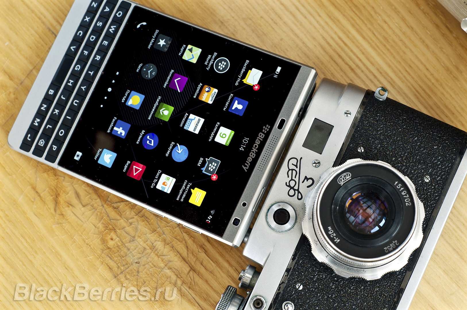 BlackBerry-Passport-Silver-Edition-Review-59