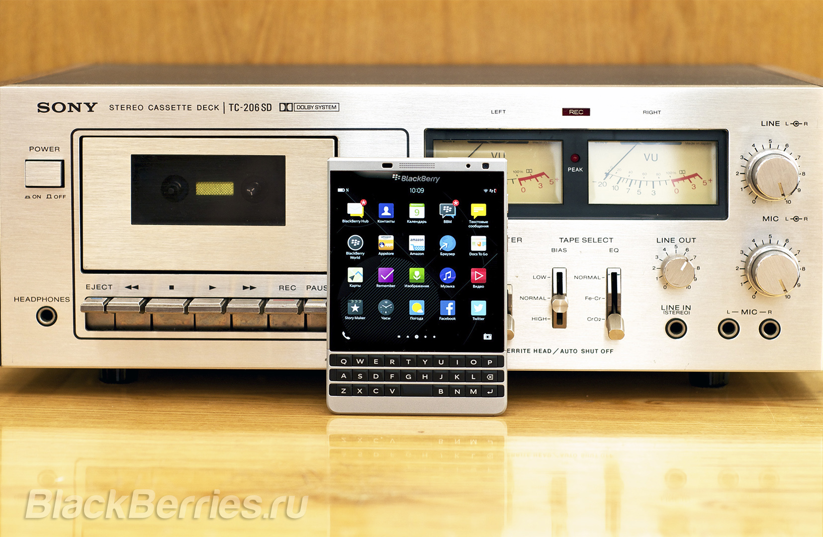 BlackBerry-Passport-Silver-Edition-Review-63