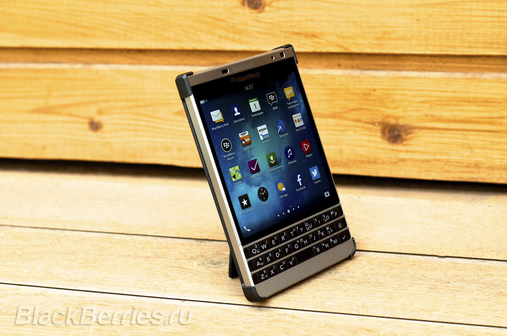 BlackBerry-Passport-Silver-Edition-Cases-06
