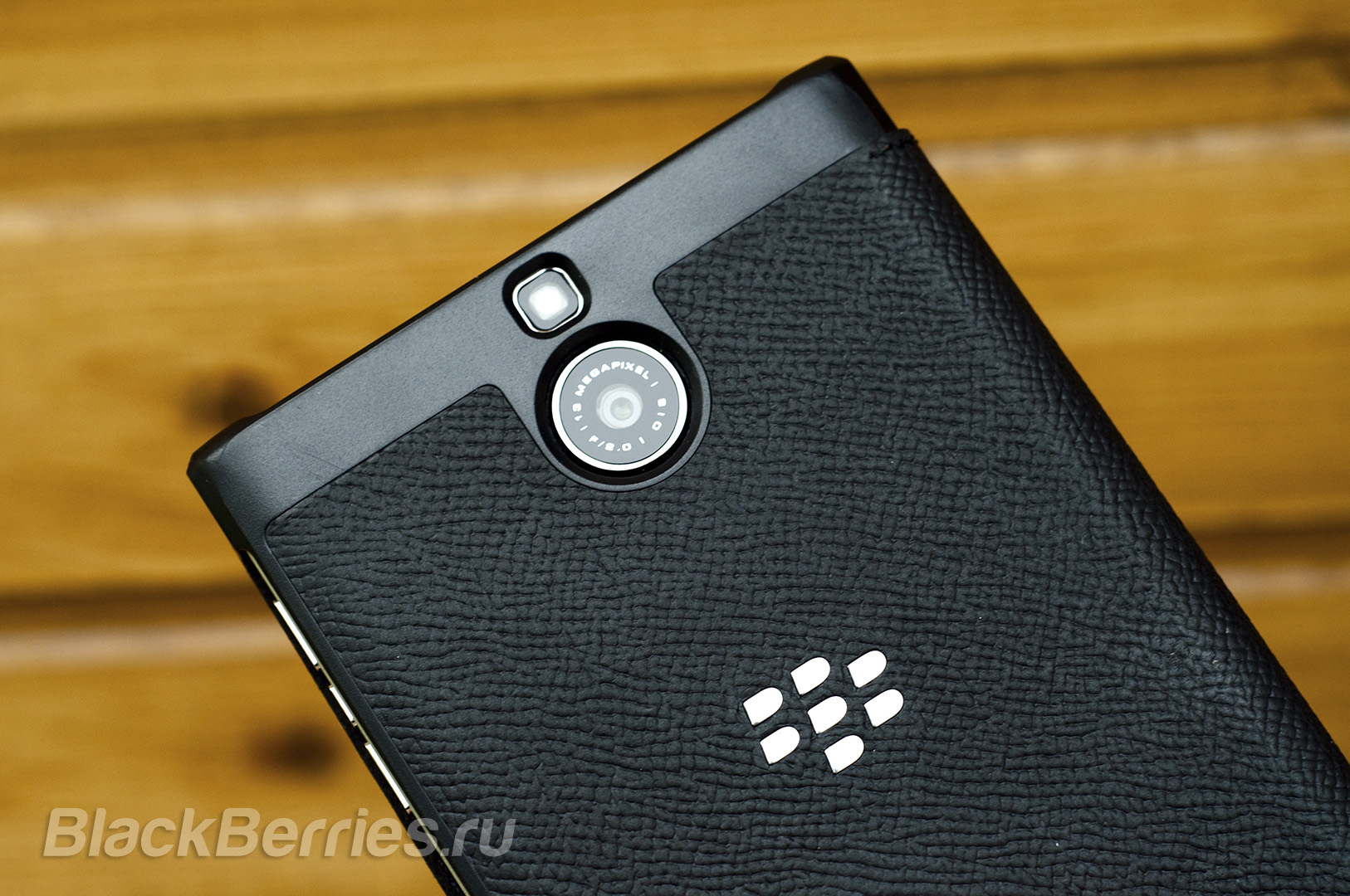 BlackBerry-Passport-Silver-Edition-Cases-10