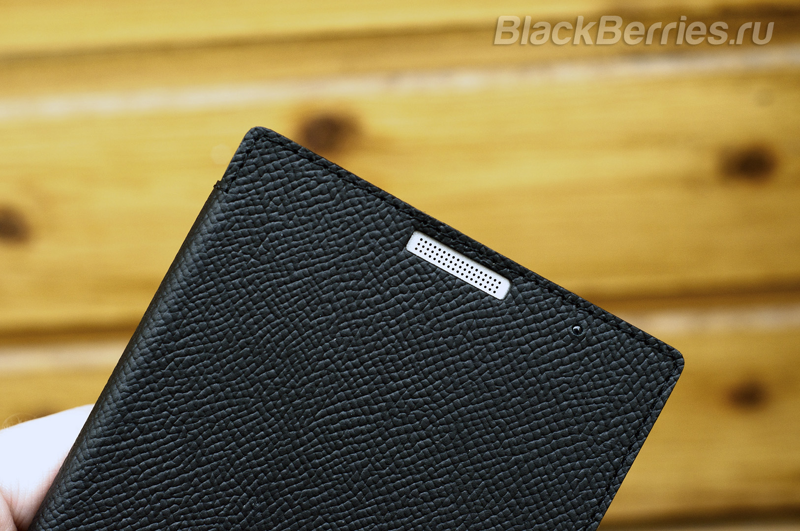 BlackBerry-Passport-Silver-Edition-Cases-11