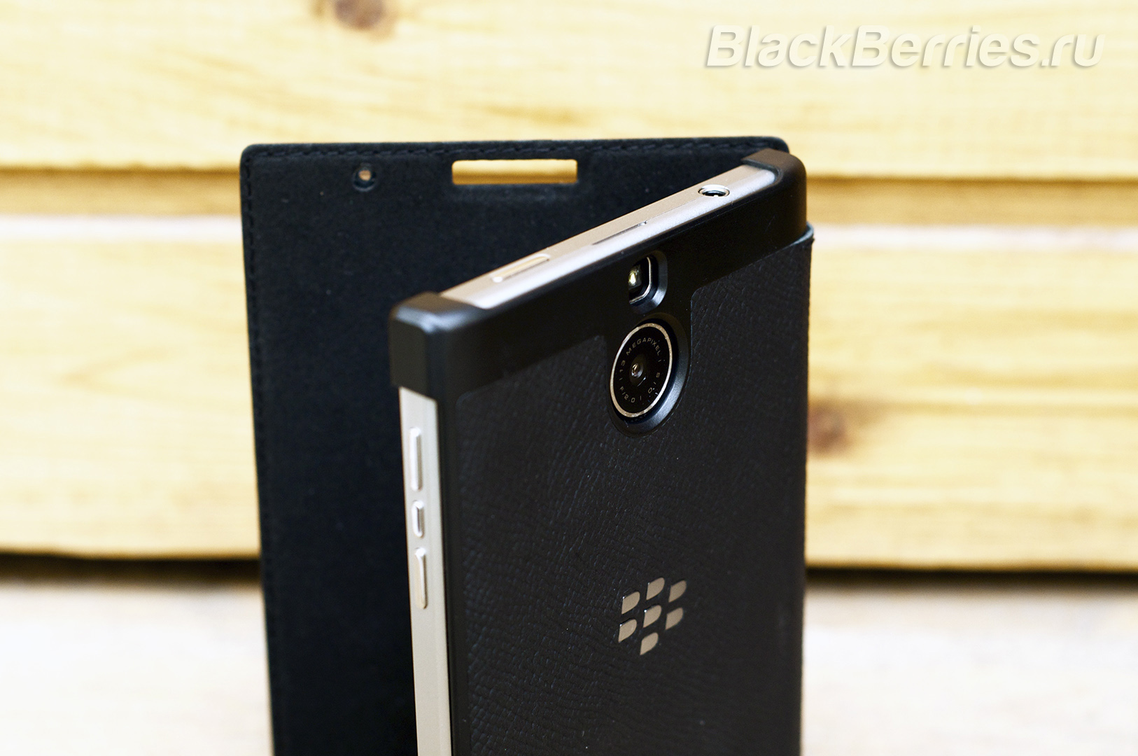 BlackBerry-Passport-Silver-Edition-Cases-20