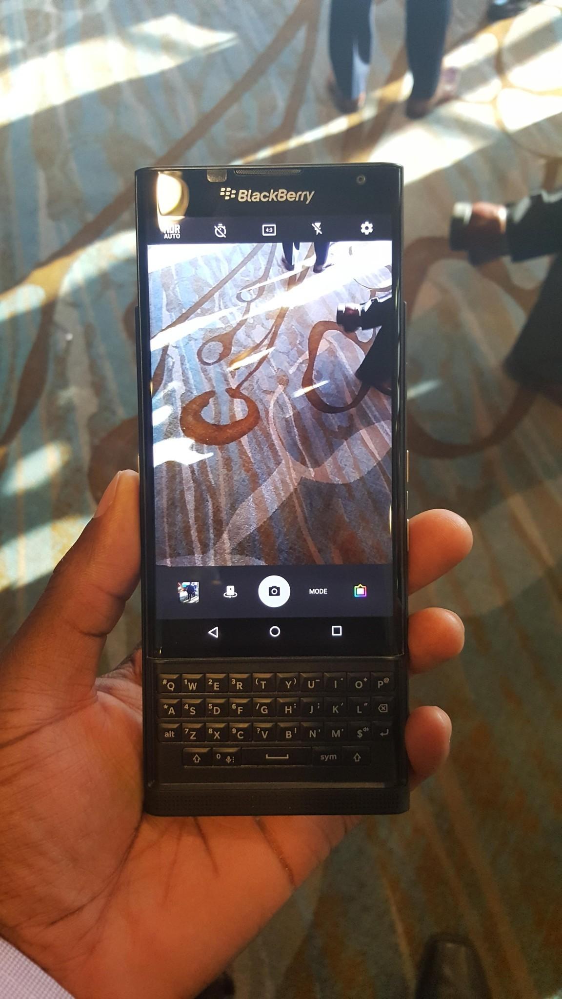BlackBerry-Priv-Reddit-1
