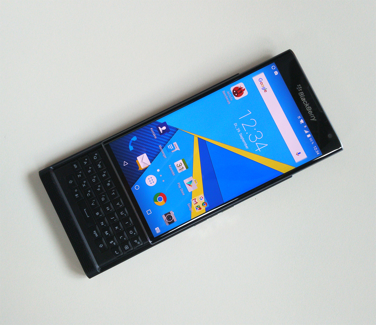 BlackBerry-Priv-front