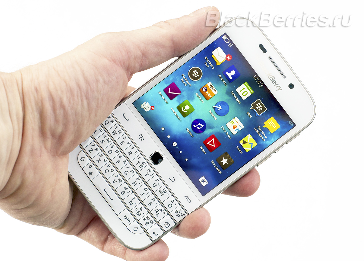 BlackBerry-Classic-White-30