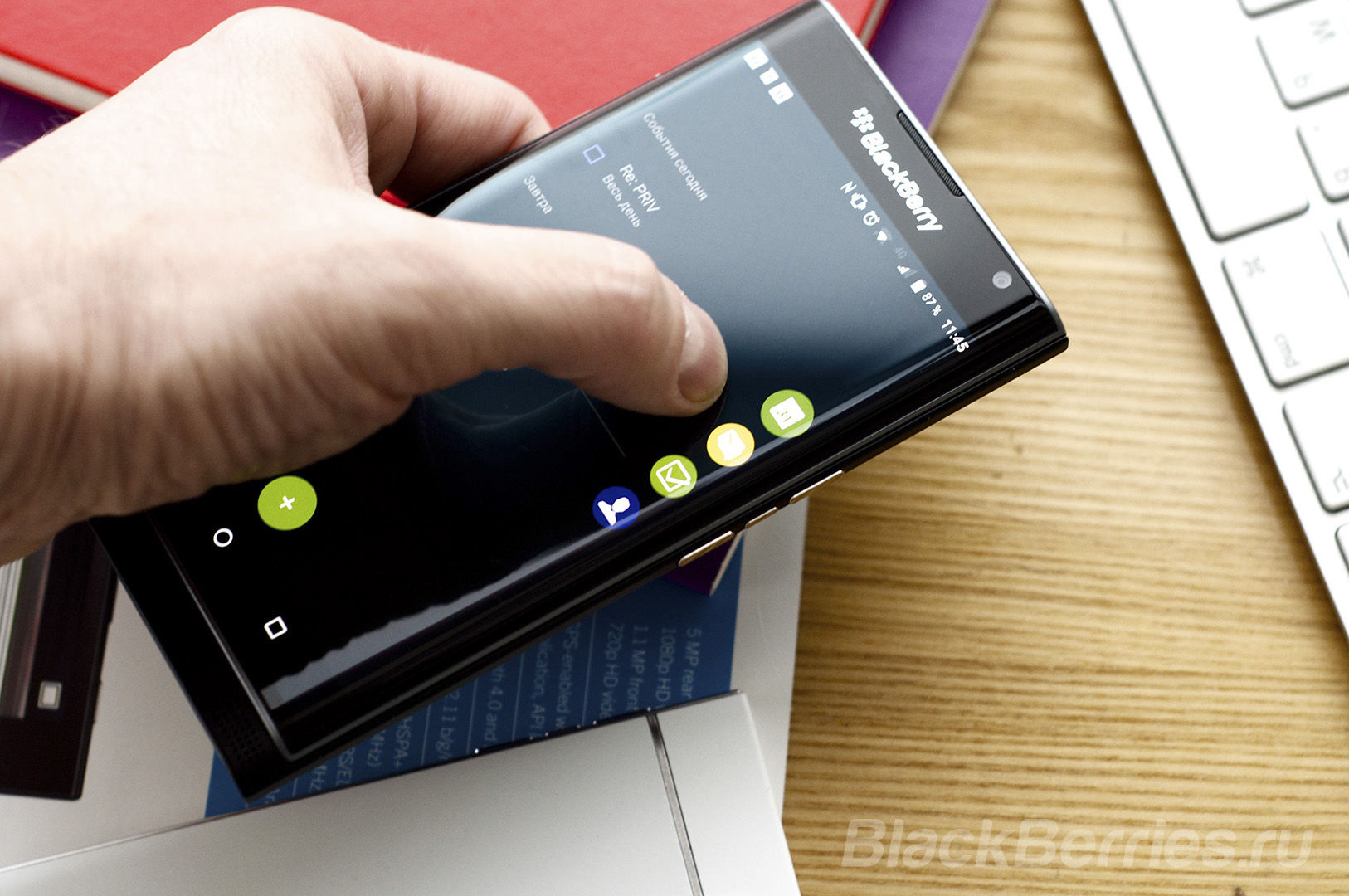 BlackBerry-Priv-Review-079