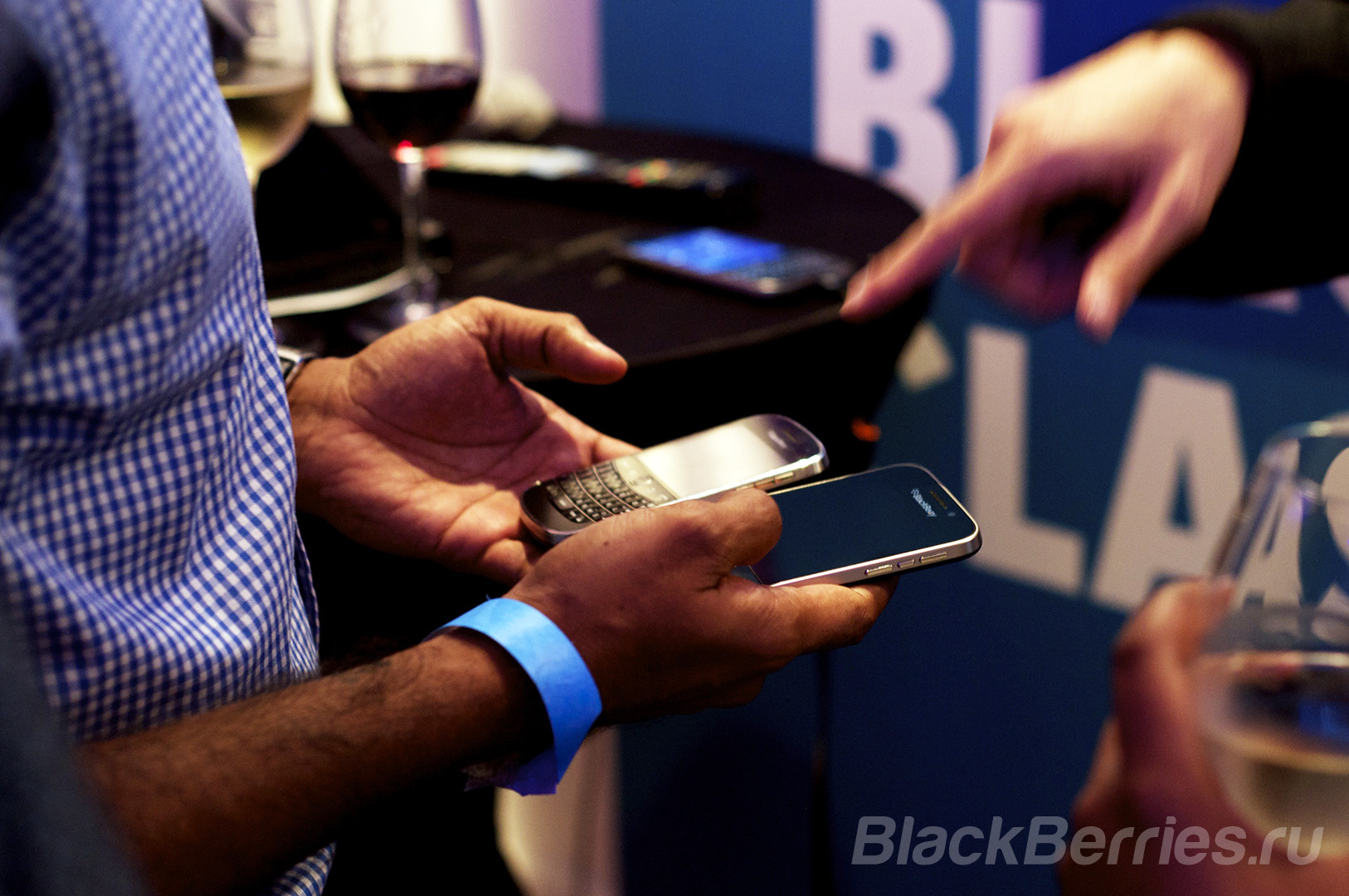 BlackBerry-Classic-Review-02