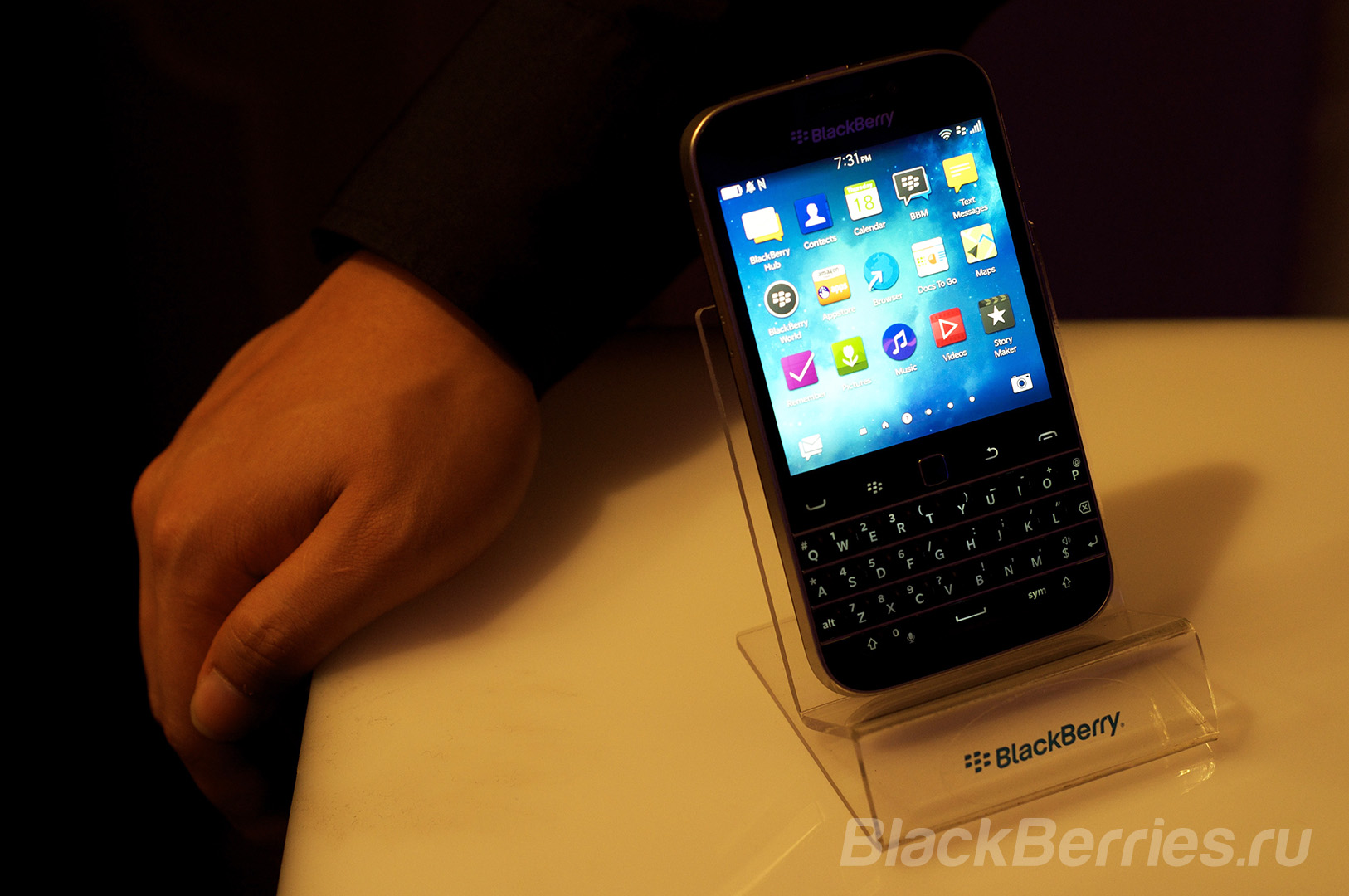 BlackBerry-Classic-Review-04
