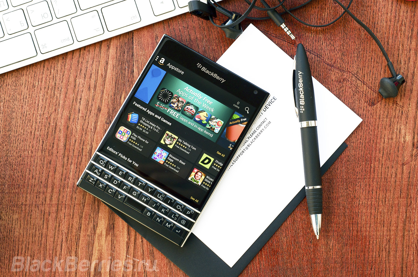 BlackBerry-Passport-Review-2016-34