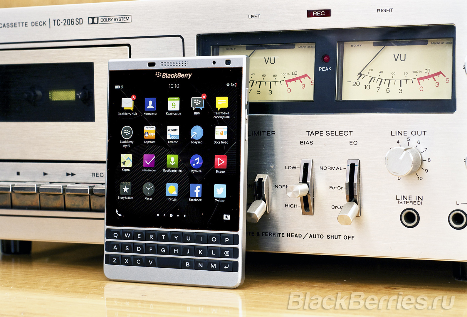BlackBerry-Passport-Silver-Edition-Review-50