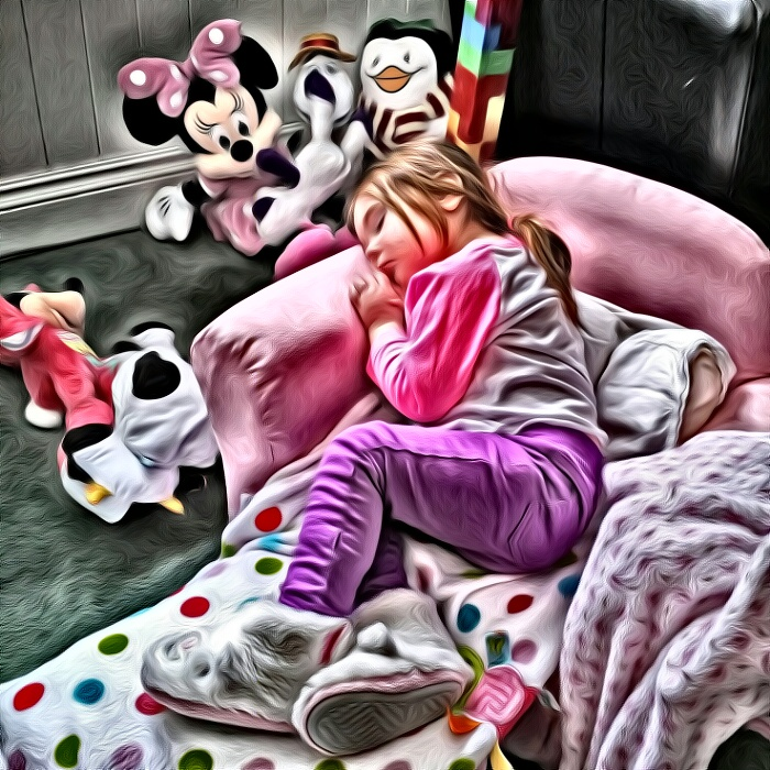 Это фото своей дочки Невин самостоятельно обработал с помощью Superphoto