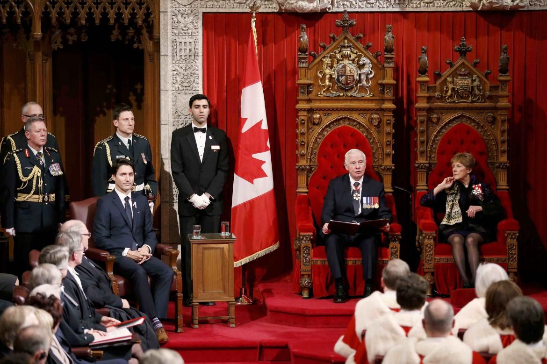 2015-12-04T214022Z_475264168_TB3EBC41O6YK3_RTRMADP_3_CANADA-POLITICS