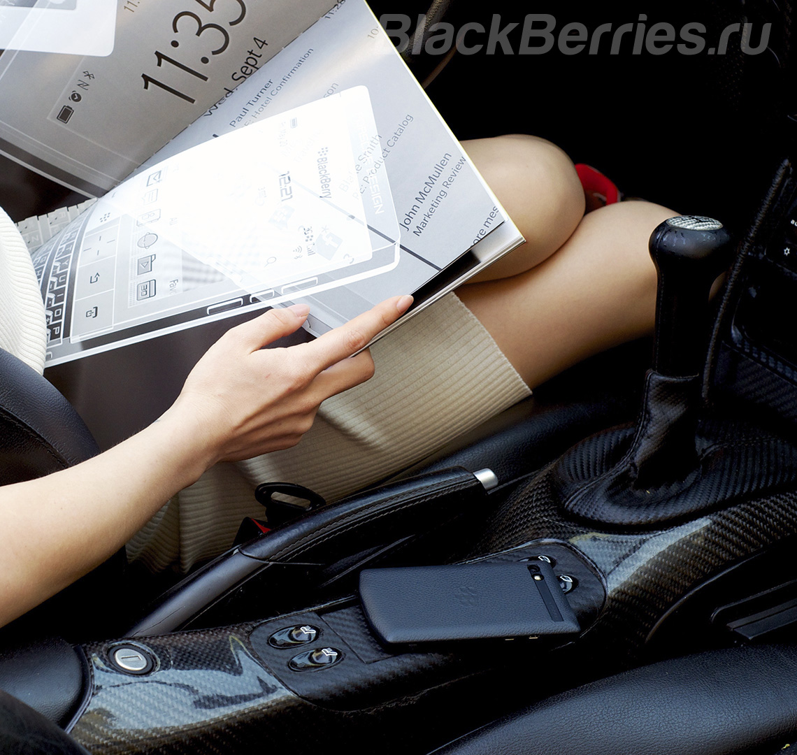 BlackBerry-P9983-PorscheDesign-7