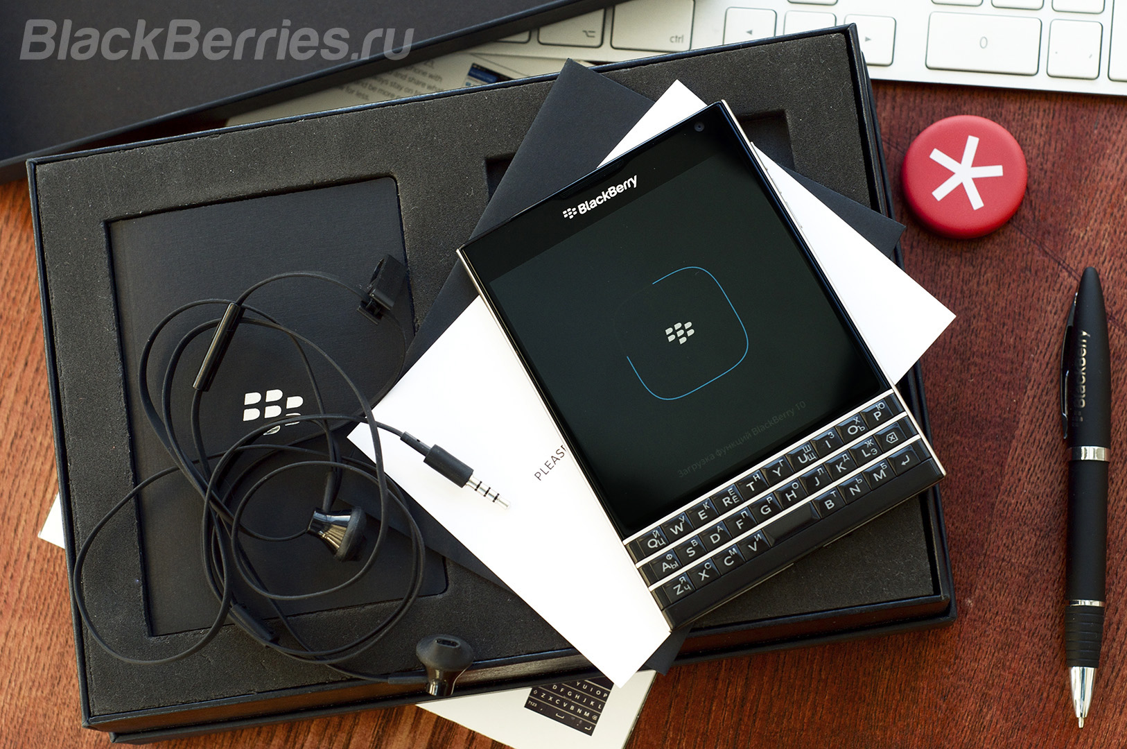 BlackBerry-Passport-Review-2016-49