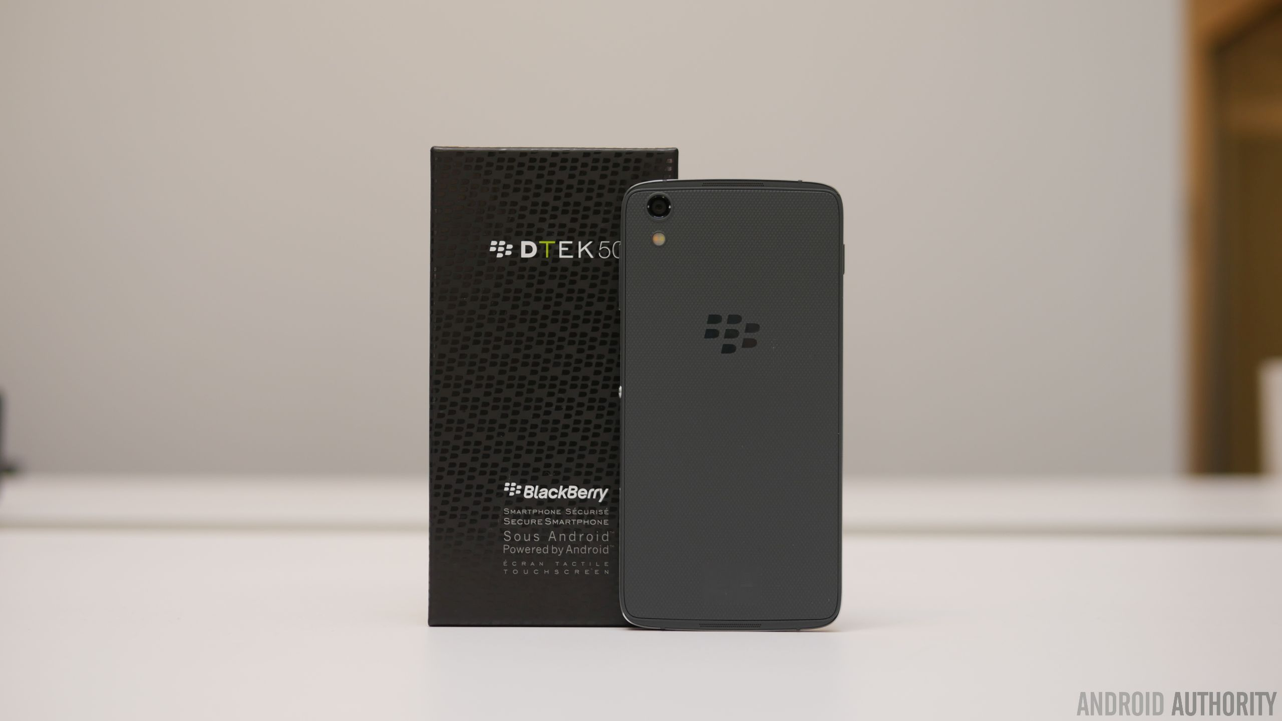 BlackBerry-DTEK50-hands-on-2