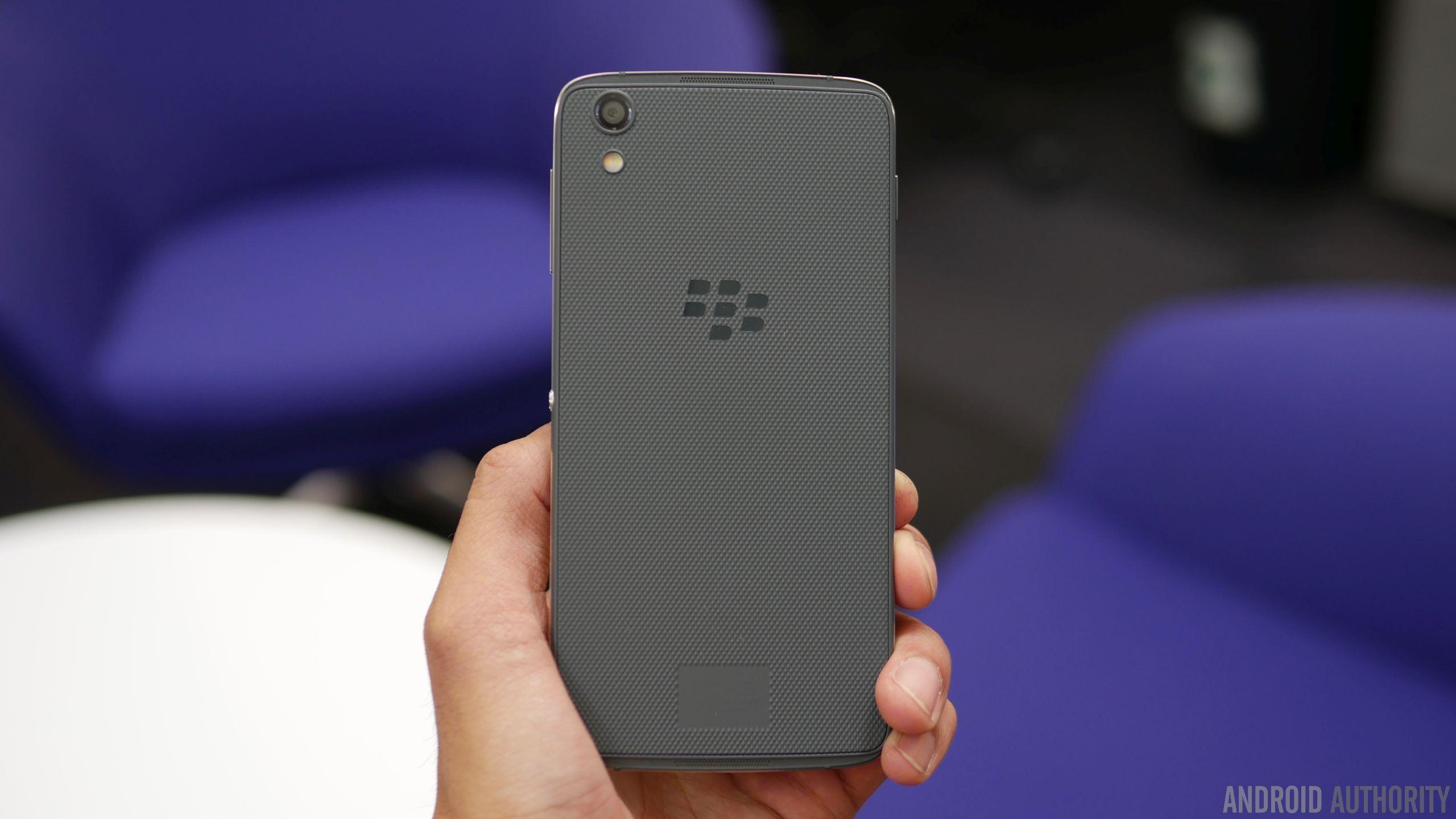 BlackBerry-DTEK50-hands-on-9