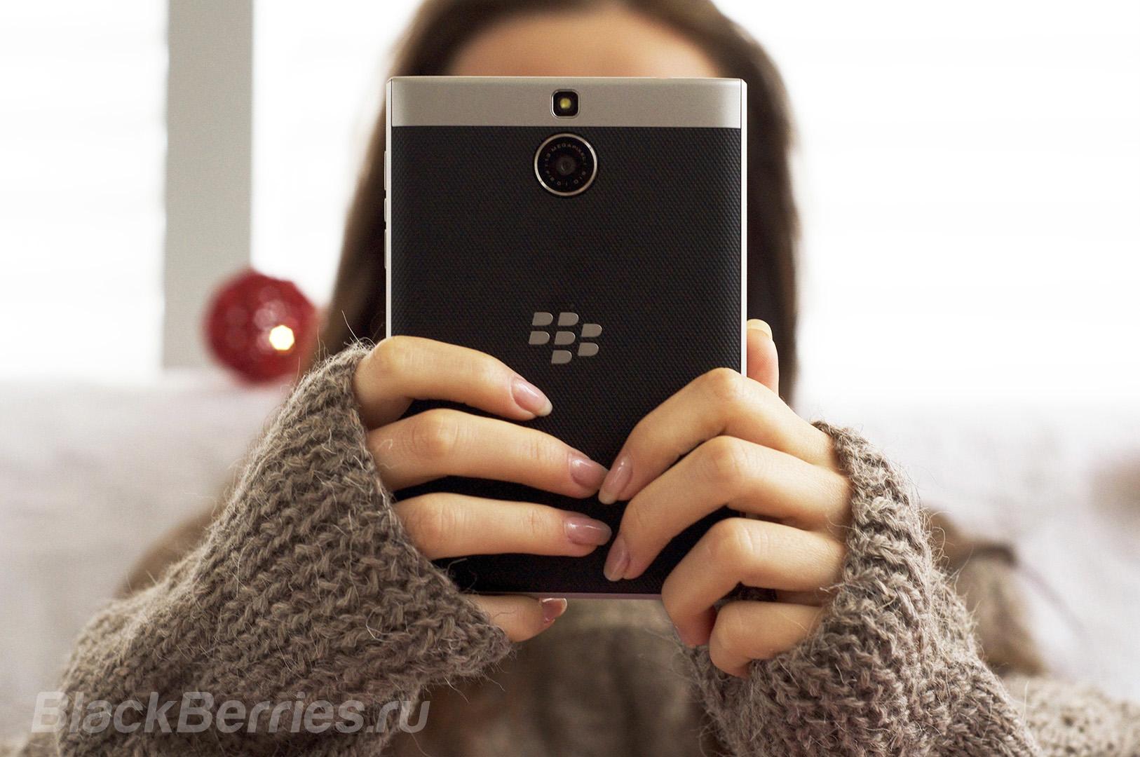 blackberry-passport-se-new-year-03