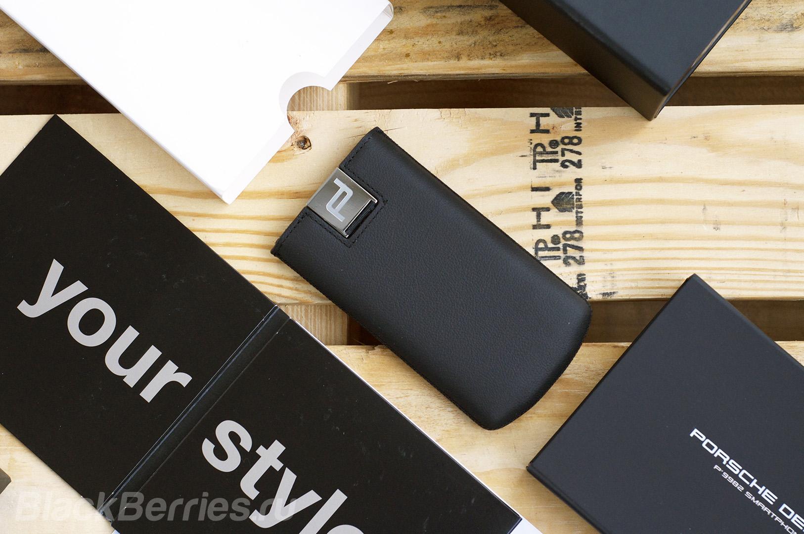 blackberry-porsche-design-case-covers-02